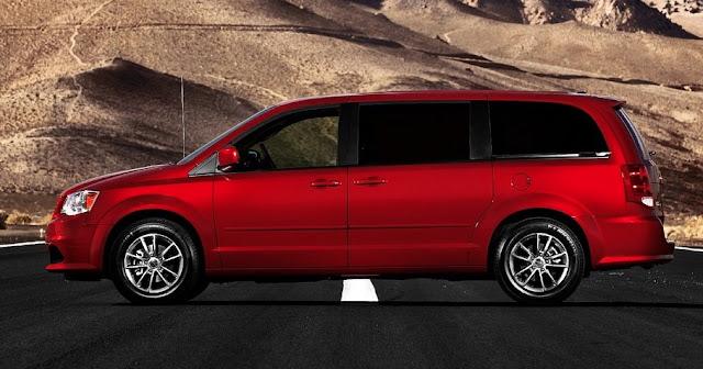 2011 Dodge Grand Caravan R/T red
