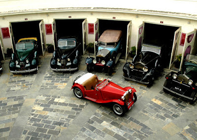 Vintage Collection of Classic Cars Udaipur, Vintage Car Museum in Udaipur, Heritage Sites in Udaipur, Heritage of India, Udaipur Tourist Attractions, Udaipur Tourism, Udaipur Tourist Information, Visit Udaipur, Places To Visit in Udaipur, Udaipur Tourist Guide