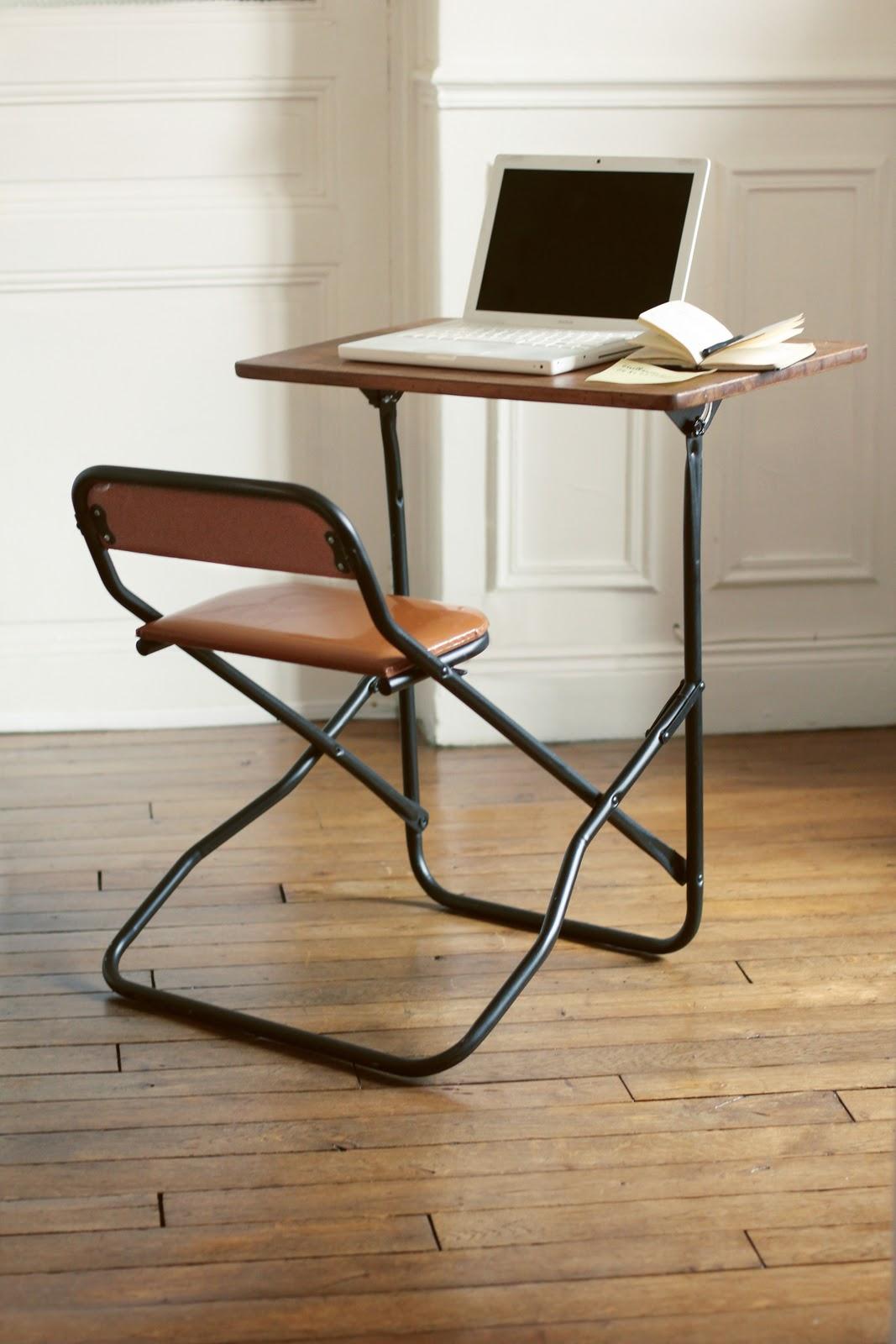 de derri re les fagots le petit bureau pliant 170 euros vendu. Black Bedroom Furniture Sets. Home Design Ideas