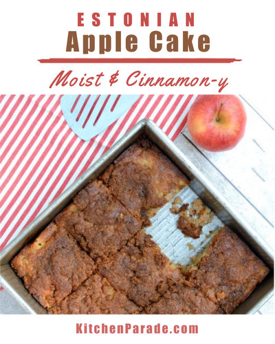Estonian Apple Cake, a rustic apple cake ♥ KitchenParade.com, moist and cinnamon-y with a crackly top. Fresh & Seasonal, Perfect for Fall & Apple Season. Mix In One Bowl, No Mixer Required. Recipe, baking tips, nutrition and WW Weight Watchers points included.