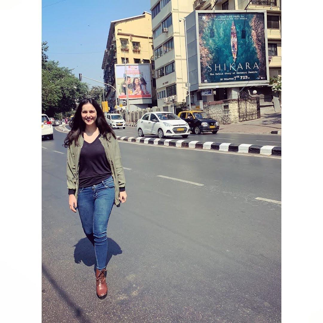 Sadia Khateeb 40