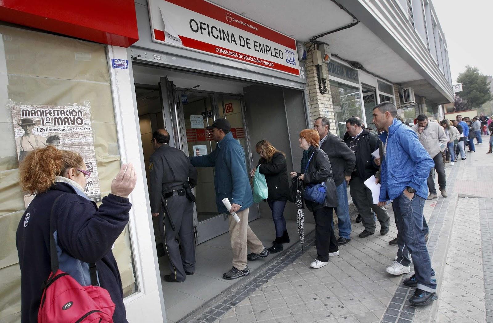 España: El coronavirus destruyó casi 300.000 empleos y paralizó a medio millón de trabajadores