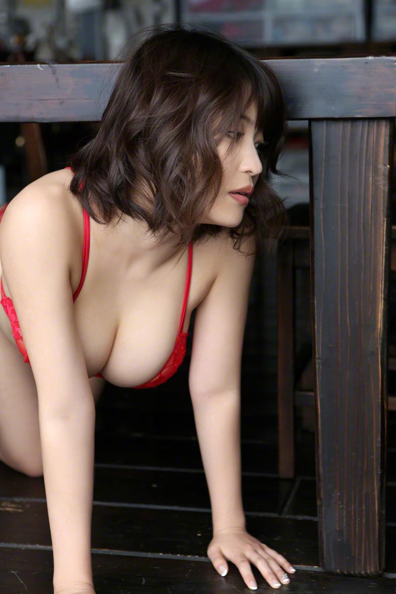 Www. gravure girlz big boobs photos