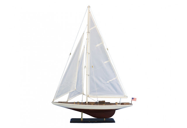 J Class Ranger Wooden Sailboat Decoration
