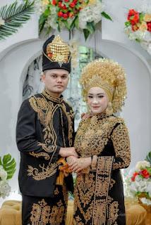 Baju Adat Perkawinan Aceh