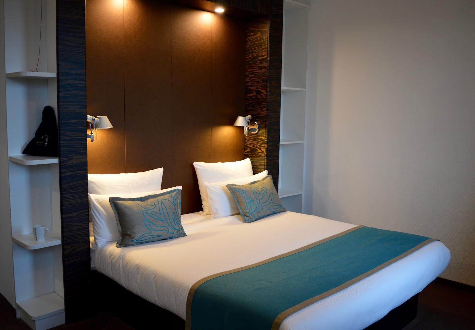 10 Reasons to Visit Edinburgh in December - Motel One Royal Mile