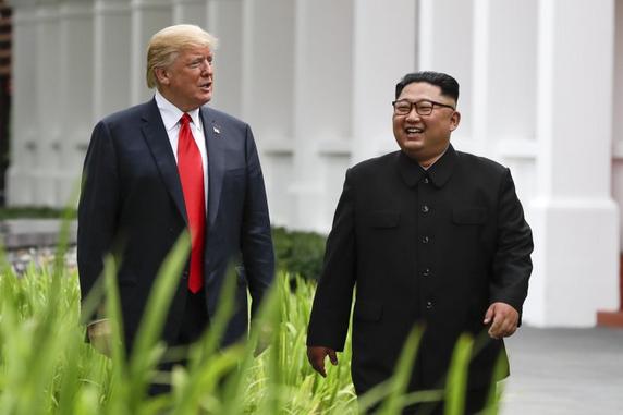 Historic-moments-Donald-Trump-Kim-Jong-Un-summit-Singapore-09