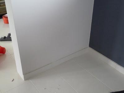 construction en guadeloupe plinthes carrelage vs bois. Black Bedroom Furniture Sets. Home Design Ideas