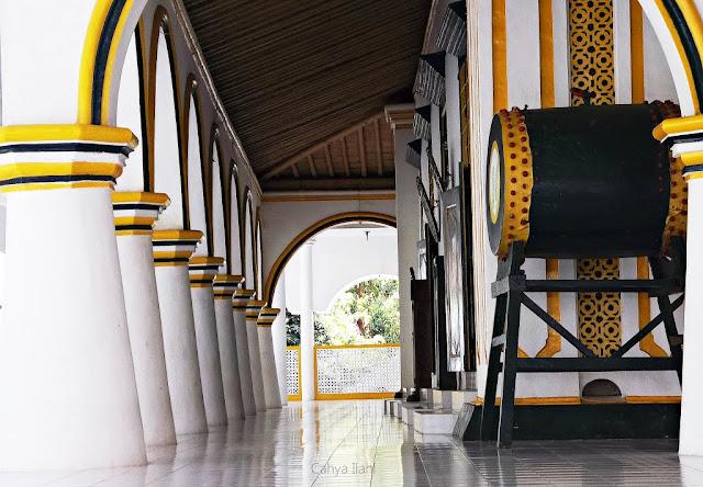 Bedug Masjid Agung (Jami') Sumenep