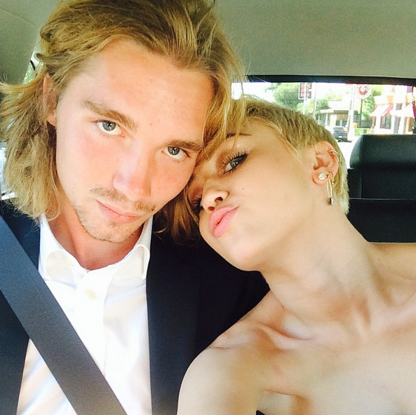 Miley Cyrus brought a homeless friend as her date to the VMAs