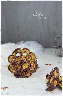 Flores de carnaval con chocolate
