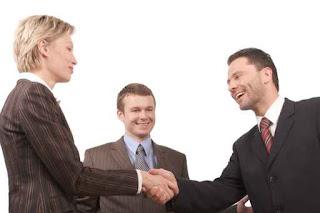 Kỹ năng bán hàng trực tiếp - làm rung động trái tim khách hàng