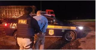 PRF prende dois homens que roubavam caminhoneiros na Régis Bittencourt neste 15/03