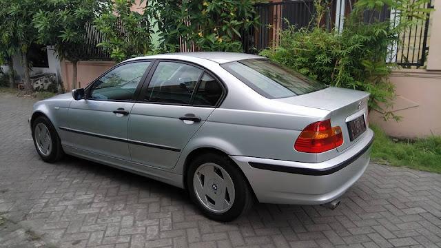 BMW E46 318i tahun 2003 bekas