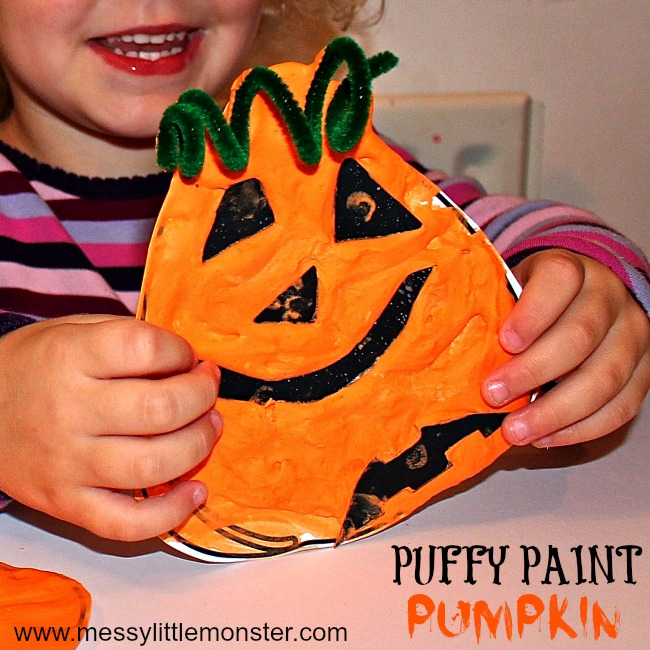 Pumpkin craft for toddlers and preschoolers using a homemade puffy paint recipe made from shaving cream and glue. (printable pumpkin template included) Puffy paint pumkins are a fun halloween craft for kids to enjoy.