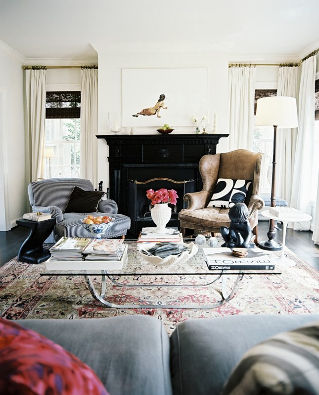 Living Room Persian Rug: Macho Purse: Neutrals And Mixing Metals