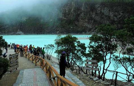 Destinasi Wisata Ciwidey Kawah Putih Ini Juga Sering Di Manfaatkan Untuk Mengambil Gambar Dan Film Foto Pengantin Melukis Serta Berkuda Dan Mendaki