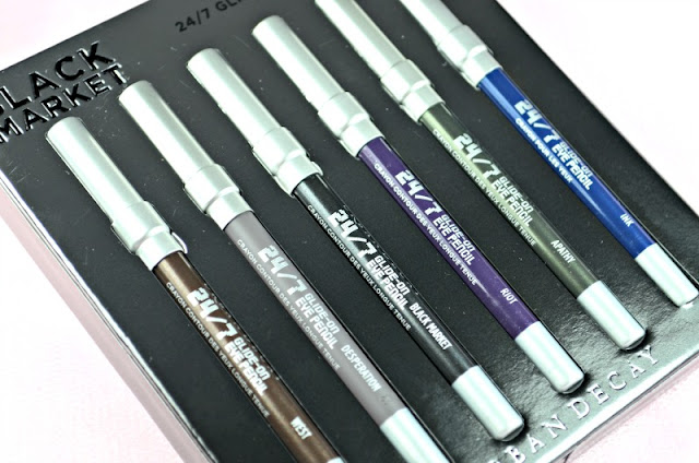 Up close image of the different shades inside the eyeliner set