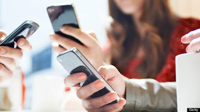 Berjualan online kini menjadi salah satu peluang usaha