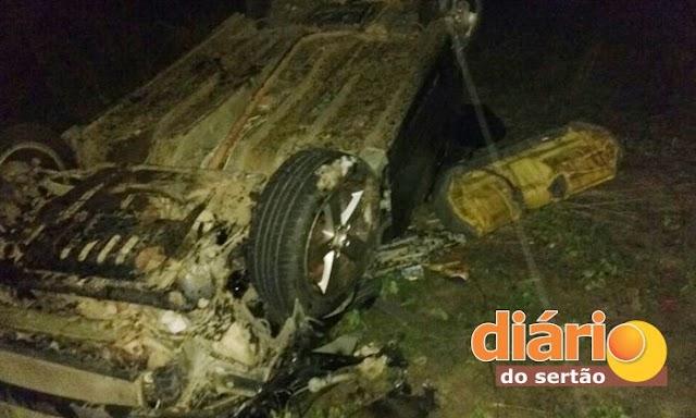 Jovem morre e outras duas pessoas ficam feridas em grave acidente na cidade de Uiraúna-PB