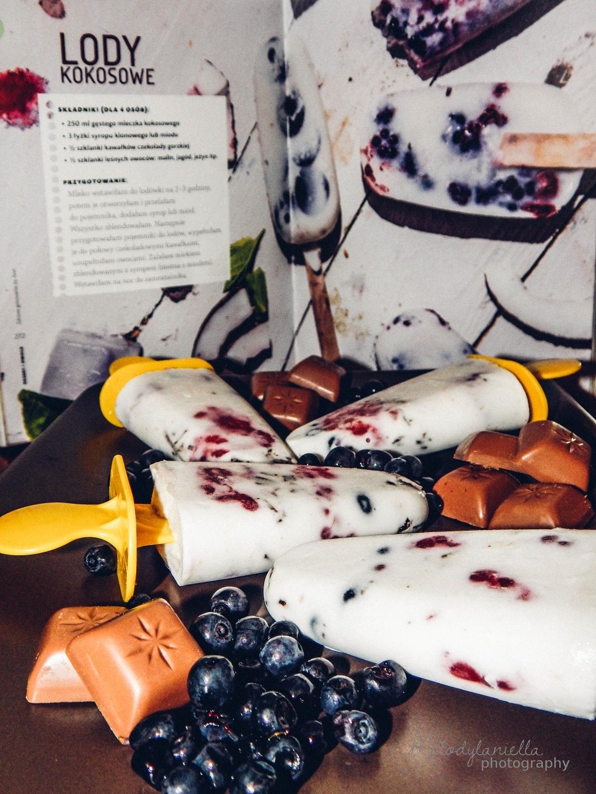 zdrowe gotowanie by ann anna lewandowska ksiazka kucharska recenzja melodylaniella jedzenie zdrowe ozywianie dieta porady fit health sportowa dieta.jpg burda ksiazki lody kokosowe z czekolada i owocami lesny