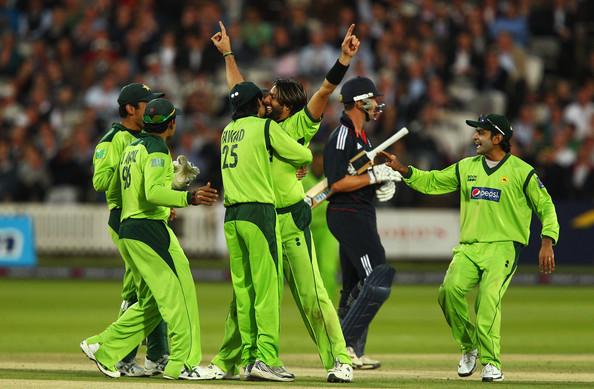 Shahid Afridi: Shahid Afridi Images