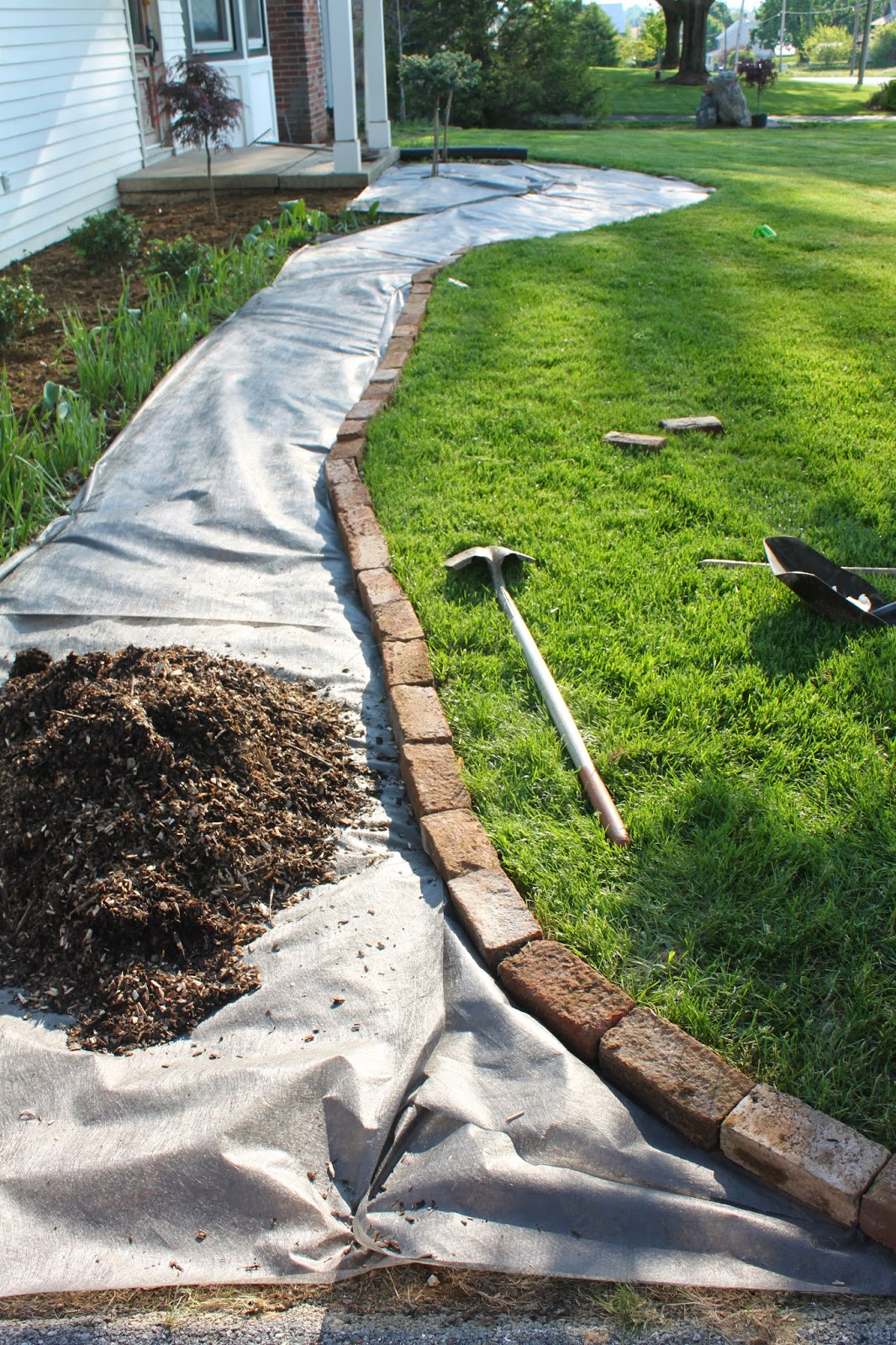 Using Wood Chips For A Walkway Is Perfect Mitch Originally Suggested We Use Them All Over In The Beds And But It S Not Really Recommended