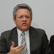 Humberto Salazar.Médico y político