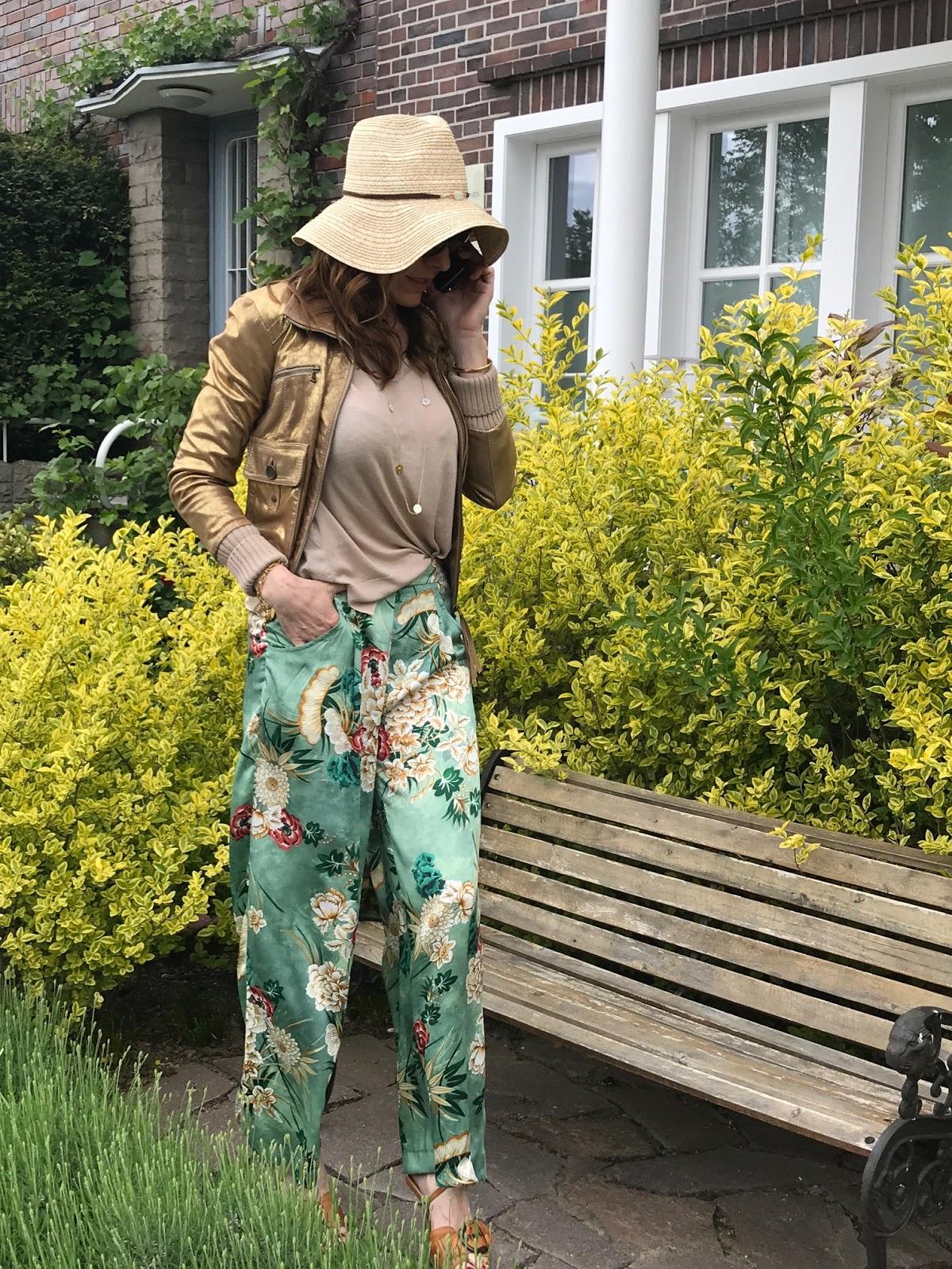 Patrizia Pepe Jacke Zara Jupper Düsseldorf Fashion Street Style