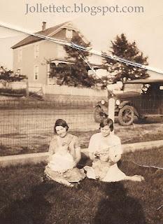 Lucille Davis with Orvin Jr. and cousins Shenandoah, VA https://jollettetc.blogspot.com