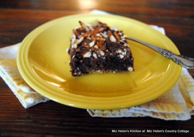 Double Chocolate Pretzel Brownies at Miz Helen's Country Cottage
