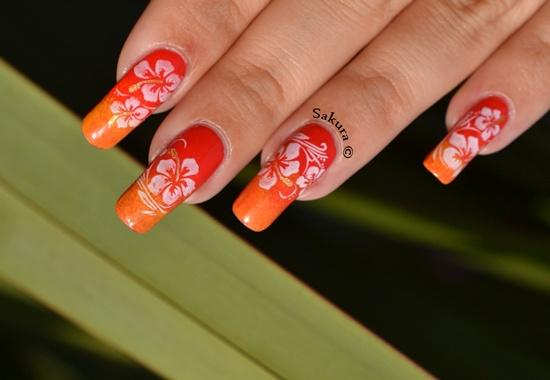uñas decoradas con flores paso a paso