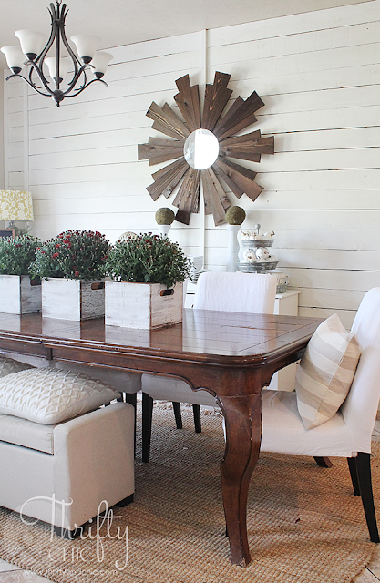Farmhouse dining room decor and decorating ideas. DIY shiplap in dining room. Neutral and white Fall dining room decor