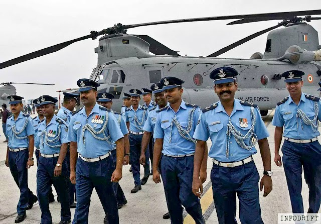"Chinook helicopter: the I.A.F. (Indian Air Force) gets more mightier today... first four ""Chinook CH-47F (I)"" helicopters included in the armoury"