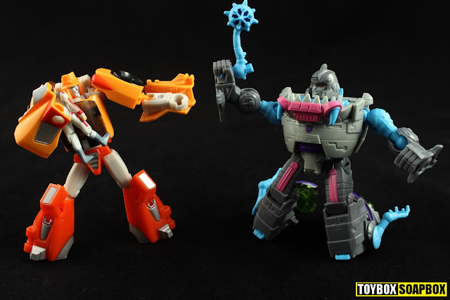 transformers titans return gnaw weapon