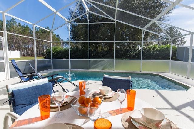 Piscina privativa em casa de Orlando