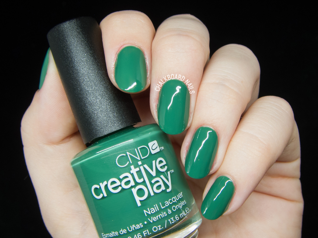 CND Creative Play - Happy Holly Day @chalkboardnails
