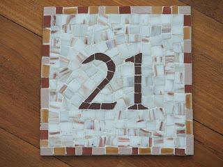 numéro de maison en tesselles de mosaïque pâte de verre émaux de briare grès cérame travail professionnel