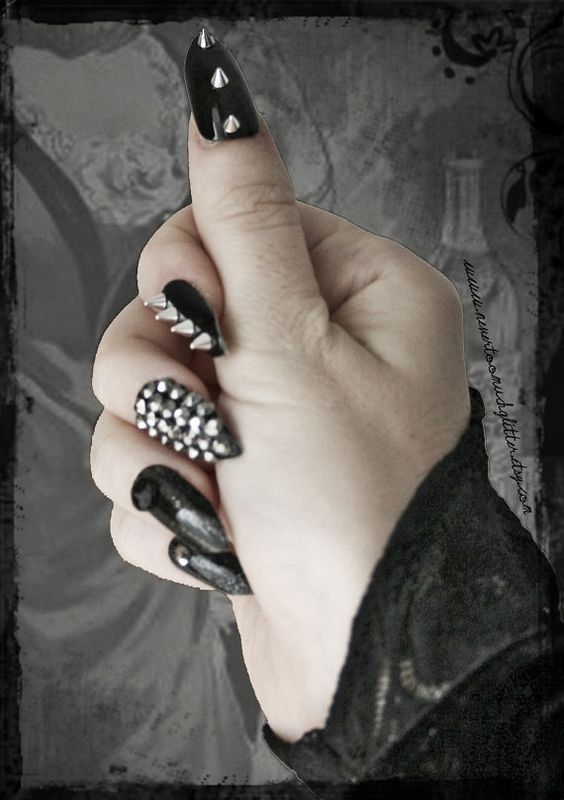 Great Gothic Nail Art Ideas Omg Love Beauty