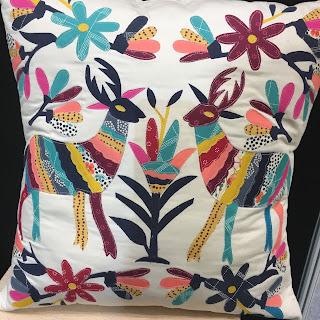 folk cushion applique Art Gallery Fabrics Hantex stand CHSI