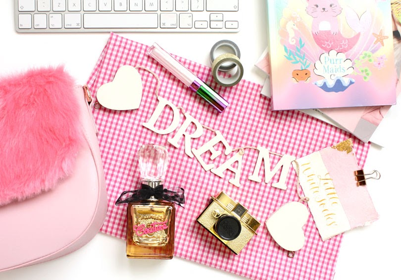 beauty pink flatlay