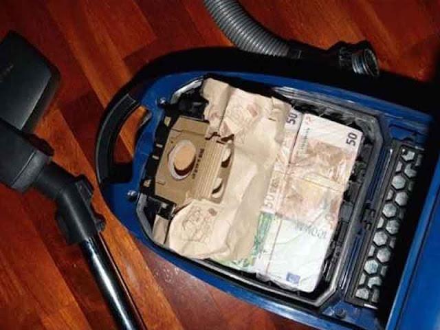 Lugares para esconder el dinero en casa. Esconder el dinero en la bolsa de basura de la aspiradora