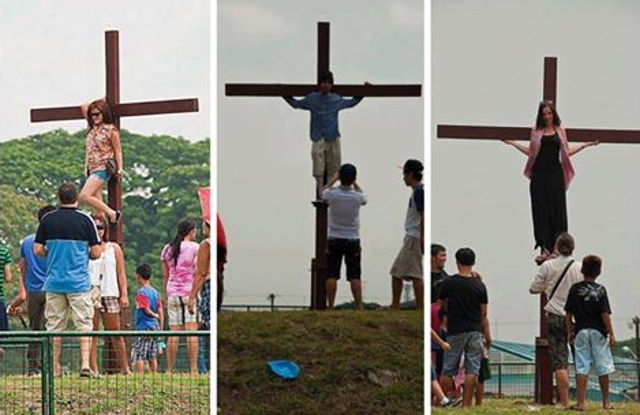 Netizens Bashed These Tourists Who Posed for Pictures on the Pampanga Cross!