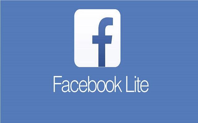نسختين من تطبيق الفيس بوك