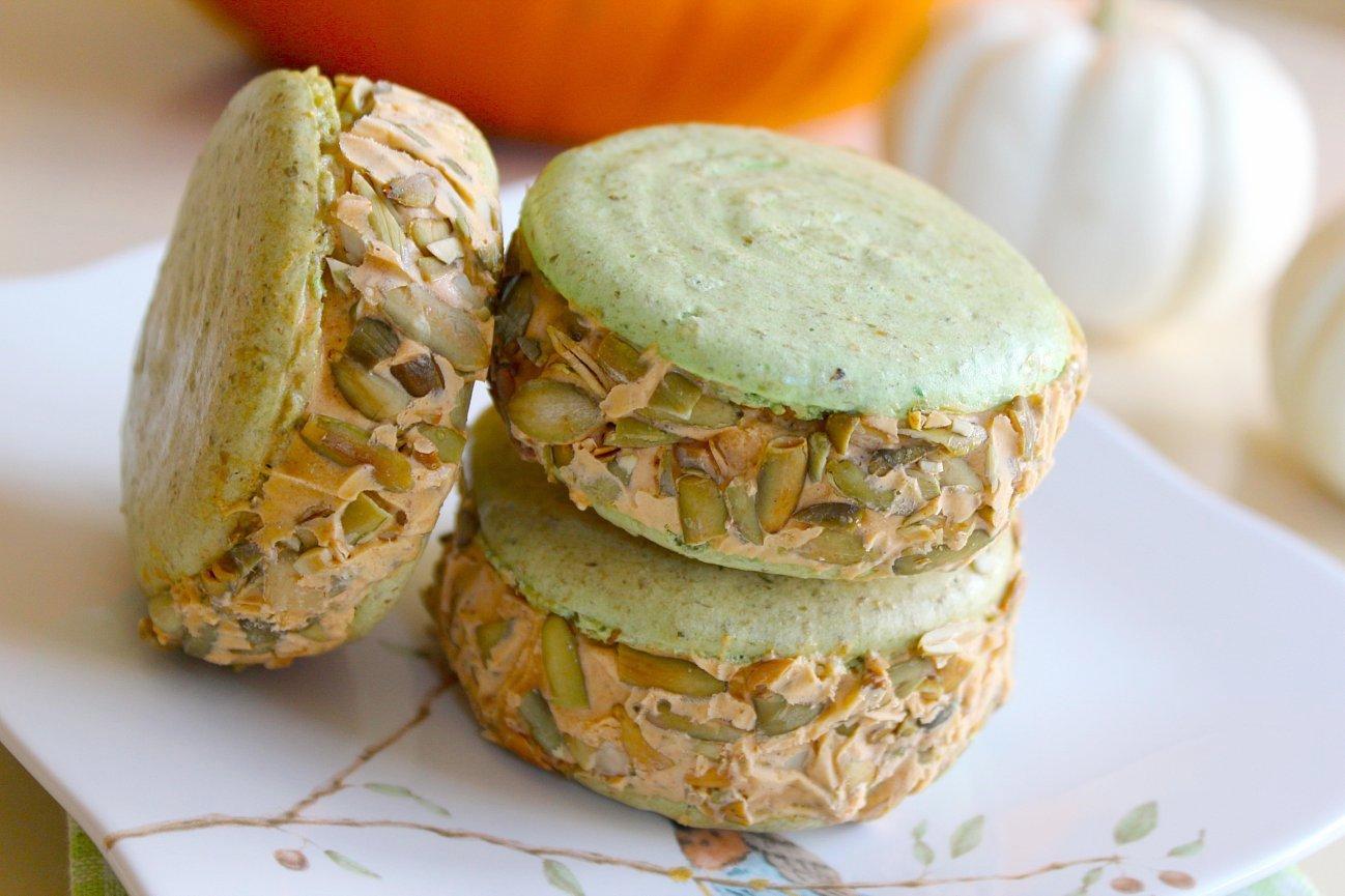 Spcookiequeen Pumpkin Ice Cream And Pepita Macaron Ice