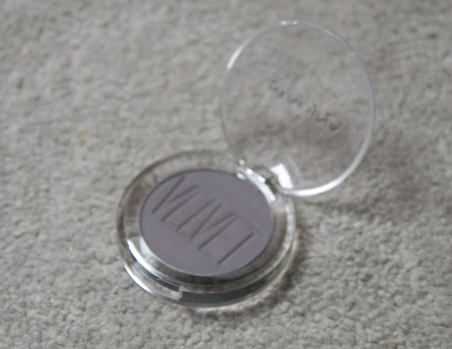 Review: Madina Velvet Impact Eyeshadow in Ashes to ashes