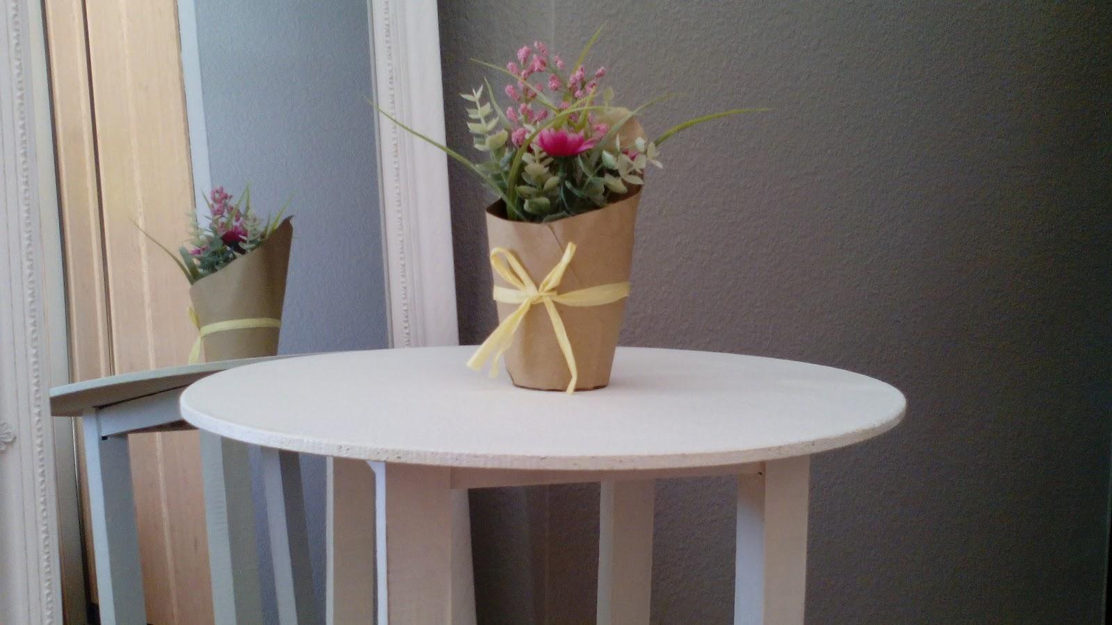 Manualidades yolohago pintar a la tiza - La mesa camilla ...