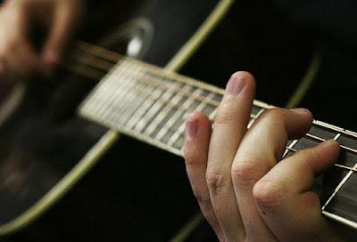 Học đàn piano với người mới học gặp những khó khăn gì