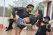 Vetadi Puli Movie Stills-thumbnail-2