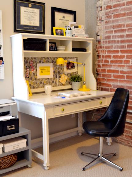 Office Chair white desk